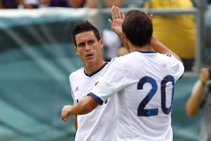 Callejón celebra su gol con Higuaín. | EFE