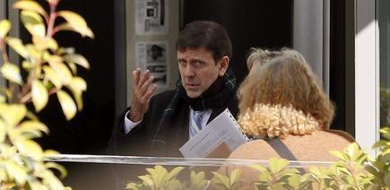 Eufemiano Fuentes a su salida del juzgado donde ha comenzado hoy el juicio de la Operación Puerto.   EFE