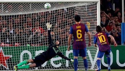 Messi falla el penalti. | EFE