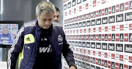 José Mourinho, en rueda de prensa antes de un partido de Champions.   EFE/Archivo