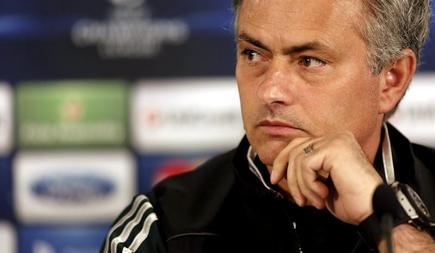 Jose Mourinho, pretendido por todos.   EFE