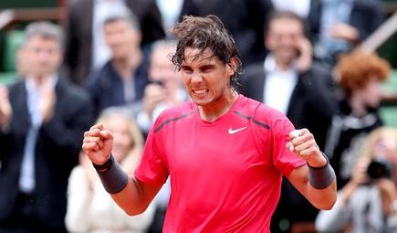 Rafa Nadal celebra su triunfo ante Nico Almagro. | EFE