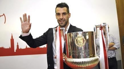 Álvaro Negredo, durante su despedida del Sevilla.   EFE