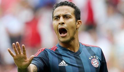 Thiago Alcántara, durante el amistoso contra el Barça en el Allianz Arena de Múnich. | Cordon Press