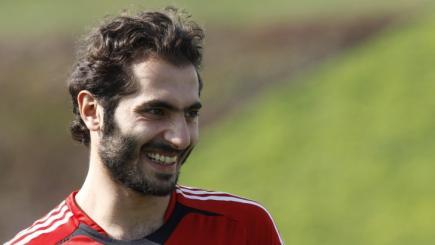 Hamit Altintop, durante un entrenamiento con su antiguo club, el Bayern de Munich. | EFE
