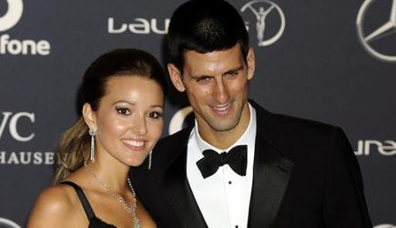 Djokovic, en la entrega de los premios.   EFE