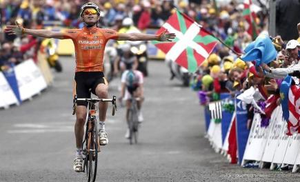 Samuel Sánchez se impone en la cima de Luz Ardiden. | EFE