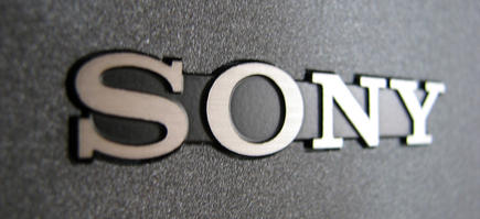 Logotipo de Sony en un monitor. | Ian Muttoo/CC