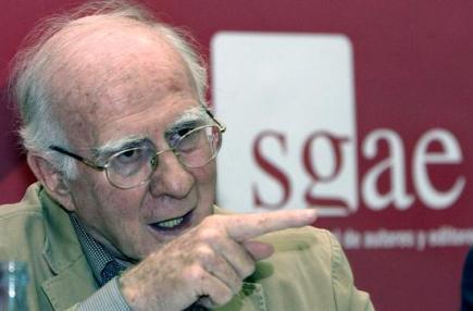 El presidente de la SGAE, Teddy Bautista, presentando los resultados de 2010. | EFE