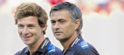 André Villas-Boas y José Mourinho, durante la etapa en la que coincidieron en el Chelsea.   Archivo