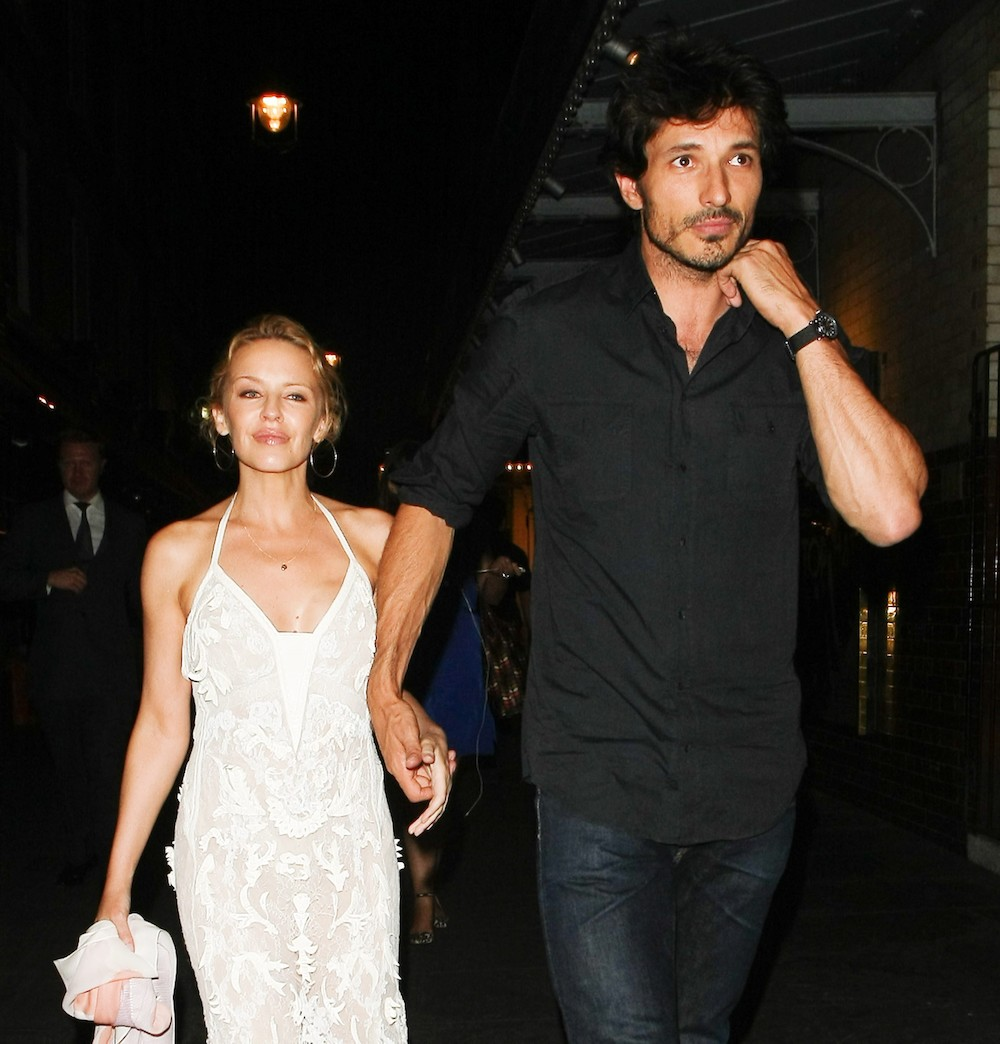 kylie-minogue-andres-velencoso-141013.jp