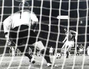panenka-penalti-76.jpg