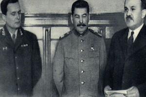 Emilio Campmany - Tito frente a Stalin - Libertad Digital