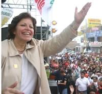 Lourdes Flores.