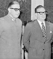 Pinochet y Allende.