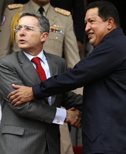 """Chávez dice que no es aliado de las FARC aunque """"tampoco su ..."""