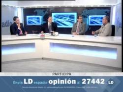 Tertulia política de Cesar. Derroche de los políticos y Elecciones en Perú