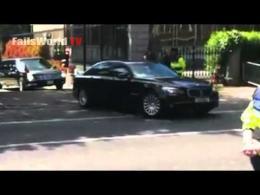 El coche de Obama se queda bloqueado