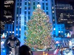 Nueva York ilumina el gran árbol de Navidad