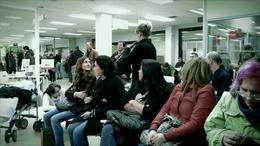 Flashmob en una oficina del paro