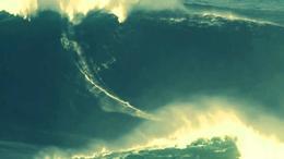 ¿La ola más grande jamás surfeada?