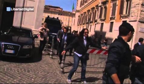 Tirotean a dos carabinieri a las puertas del parlamento en for Sede parlamento roma