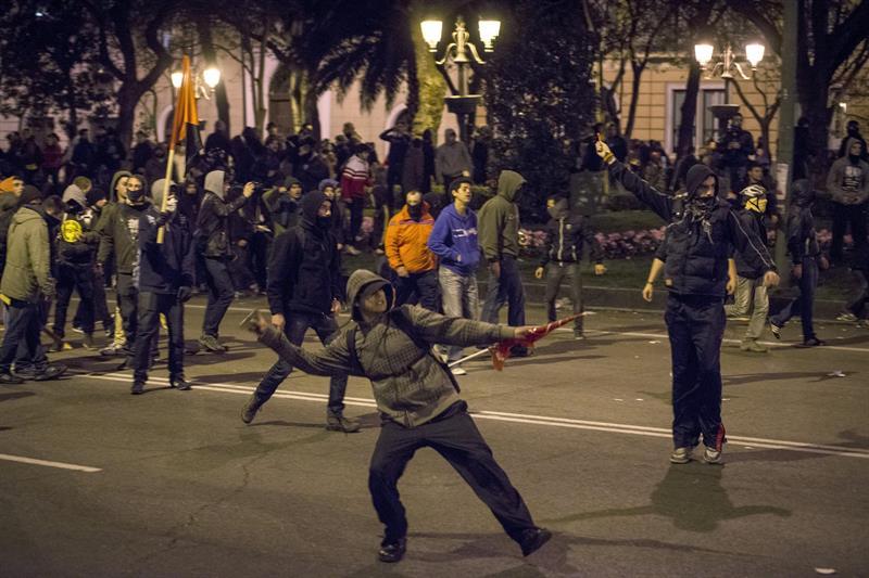 """Cifuentes: """"Es la manifestación más violenta a la que me he ..."""